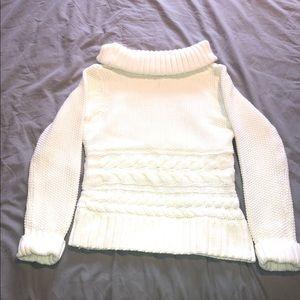 White crochet turtle neck
